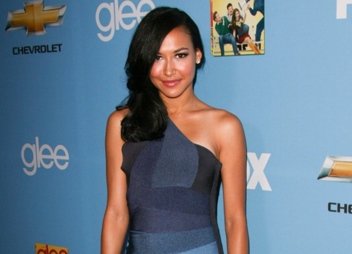 Hair and dress for an exotic look - Naya Rivera