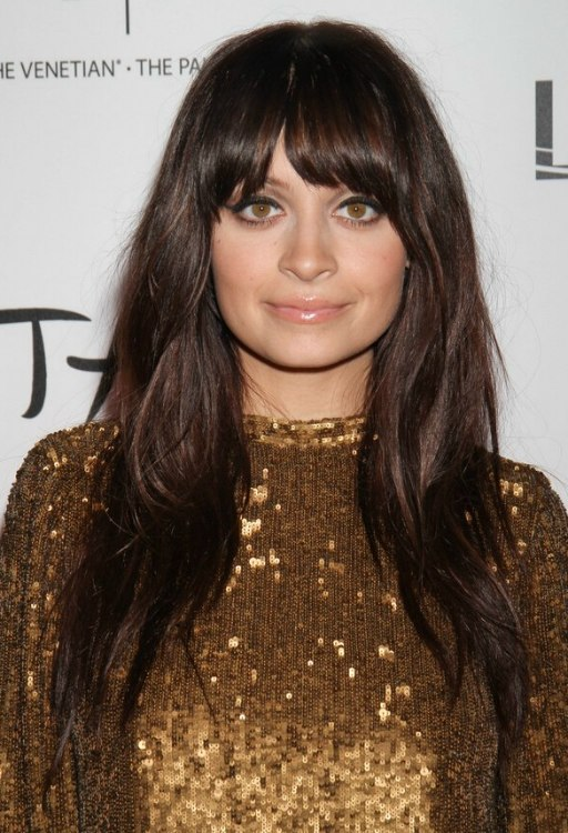 Hairstyle for hair with bangs