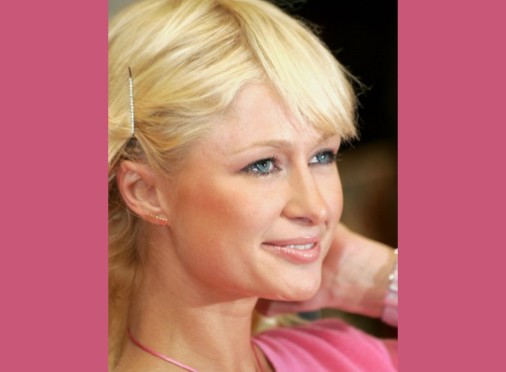 Hair with diagonal bangs - Paris Hilton