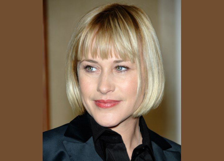 Patricia Arquette - Short jaw line length bob hairstyle