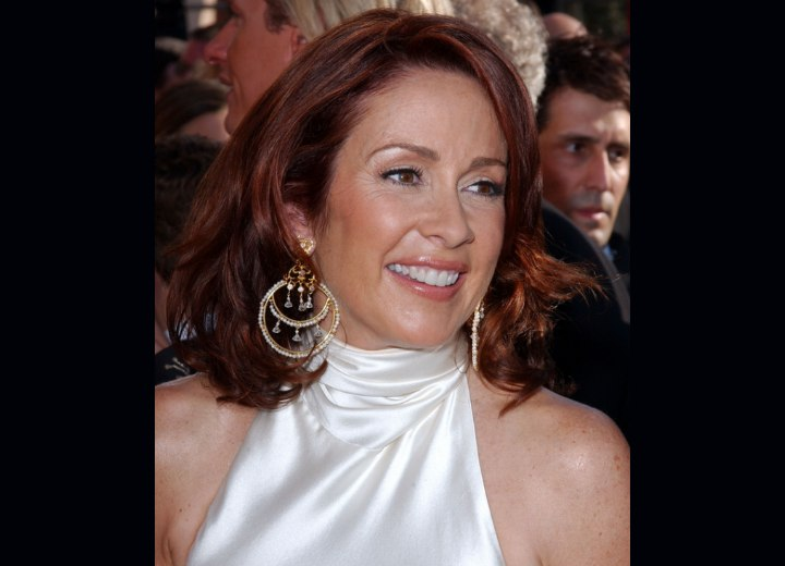 Long hairstyle for a 45 year old woman - Patricia Heaton