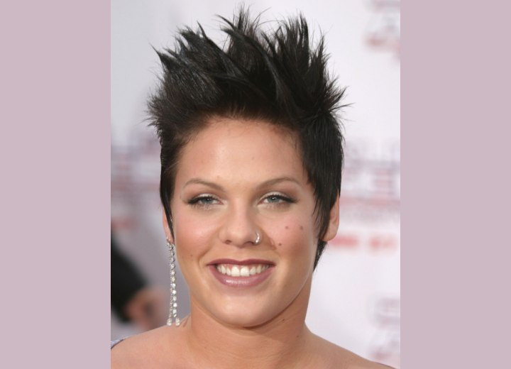 Pink wearing her hair in an extreme pixie