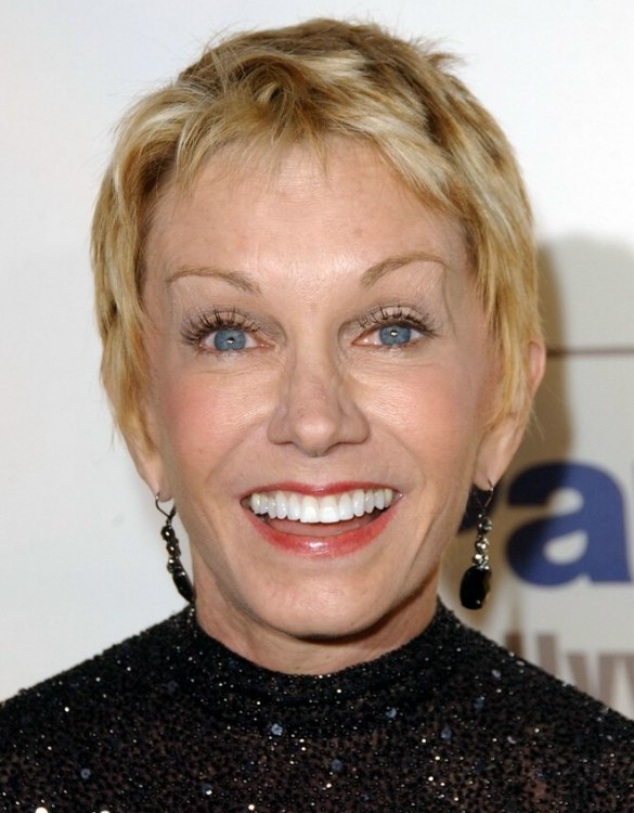 Sandy Duncan S Charming Pixie Cut That Radiates Youth