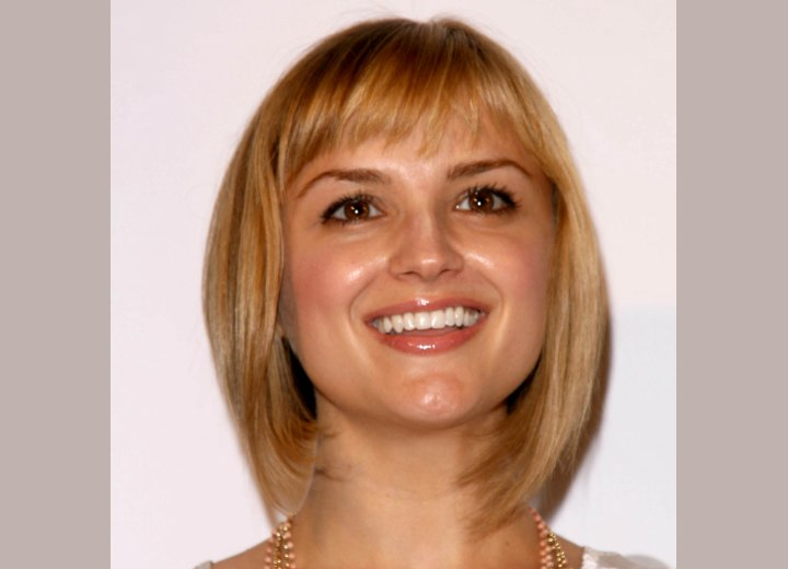 Bob cut with a shorter back - Rachael Leigh Cook
