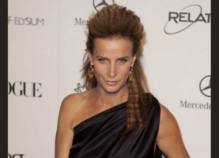 Rachel Griffiths with crimped hair