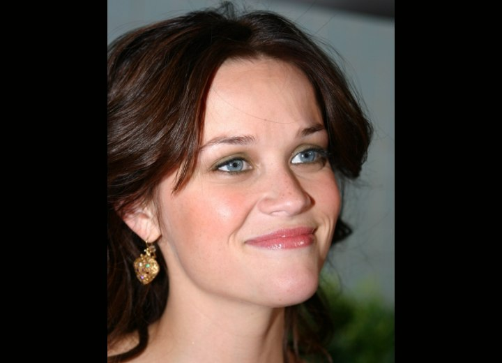 Reese Witherspoon's brown hair color