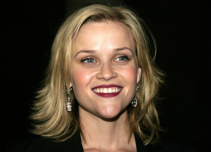 Reese Witherspoon - Hairstyle with ends that flip out