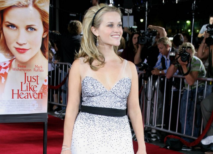 Dress and hair band for a Reese Witherspoon look