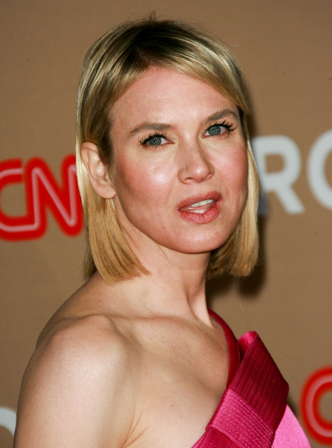 Renee Zellweger S Bone Straight Midlength Hair
