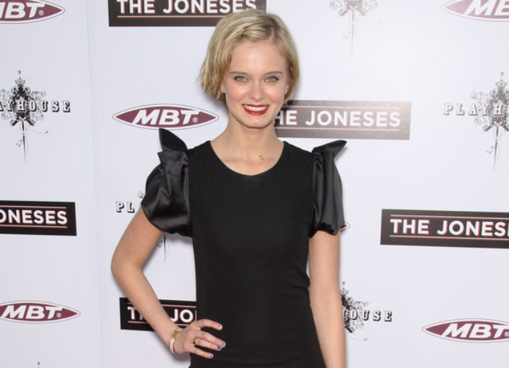 Sara Paxton style with short hair and a short dress