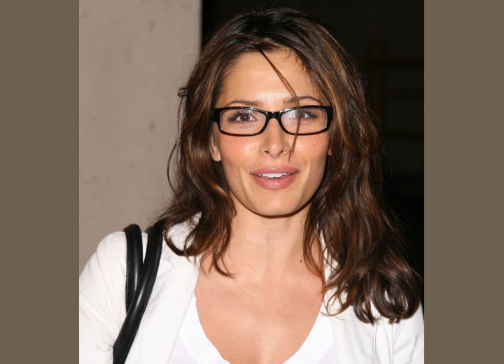 Long hairstyle for glasses - Sarah Shahi