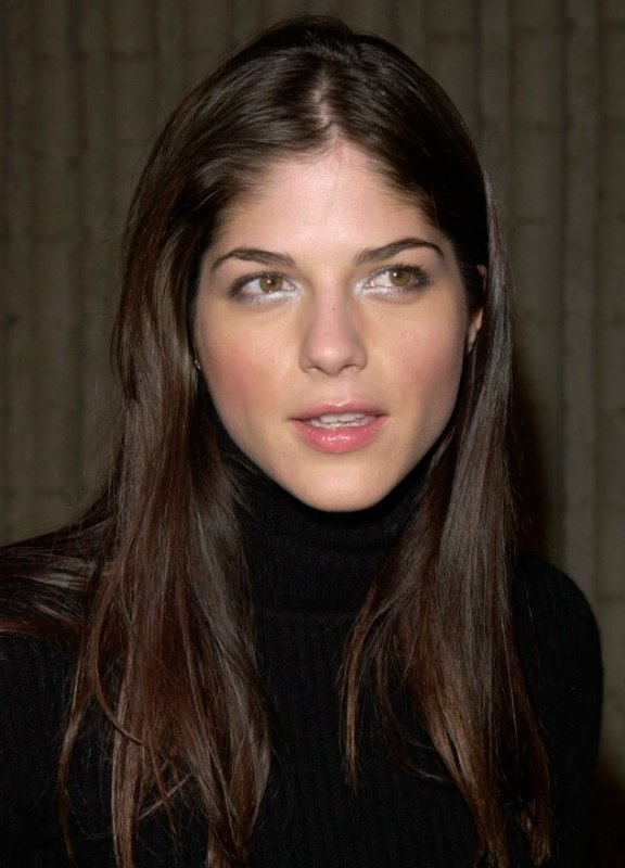 Selma Blair Long Hairstyle For Naturally Straight Hair