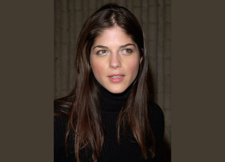 Long hairstyle for straight brown hair - Selma Blair
