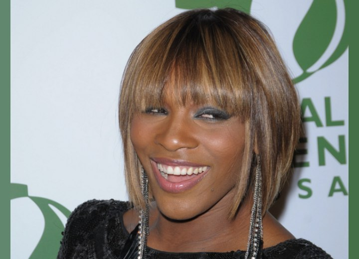 Black woman with blonde hair - Serena Williams