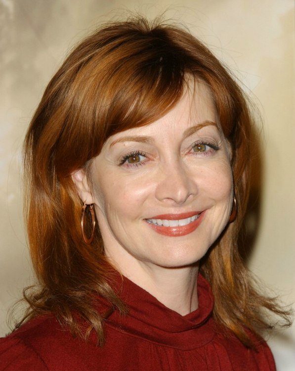 Sharon Lawrence Medium Long Auburn Hair With Soft Volume