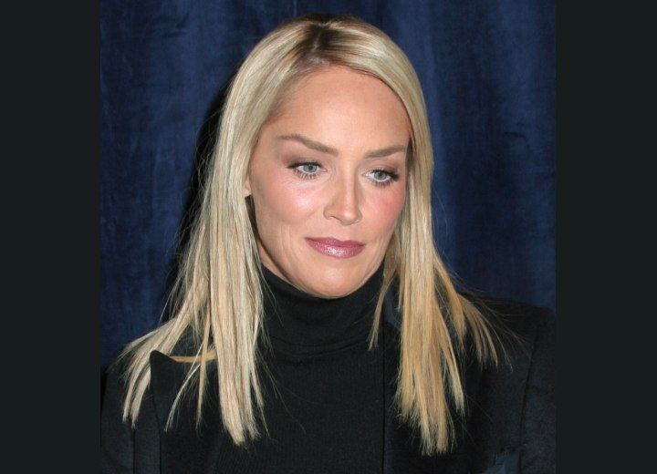 Long blonde hairstyle - Sharon Stone