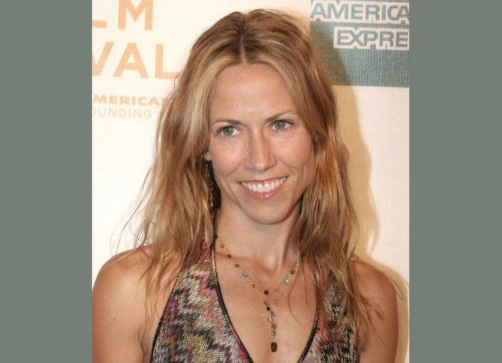 Light hairstyle for long hair - Sheryl Crow