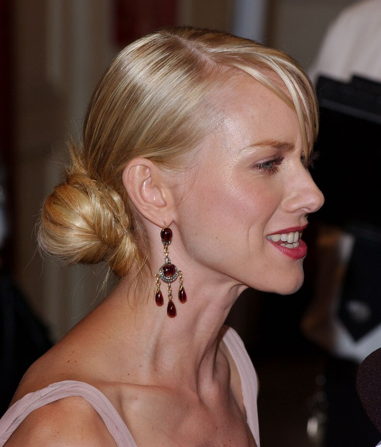 Naomi Watts With Her Hair Rolled To A Ballet Style Bun