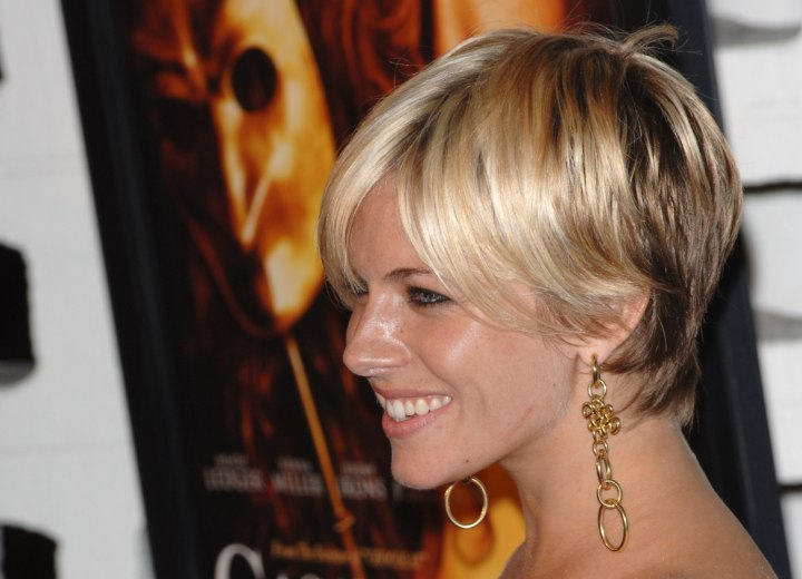 Sienna Miller with short hair - Side view