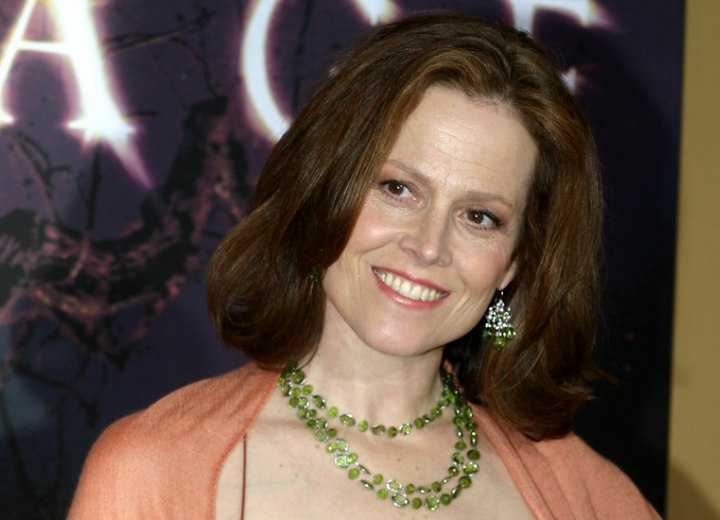 Sigourney Weaver wearing her hair with flipped ends