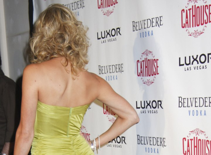 Back view of Stacy Keibler's curly hair