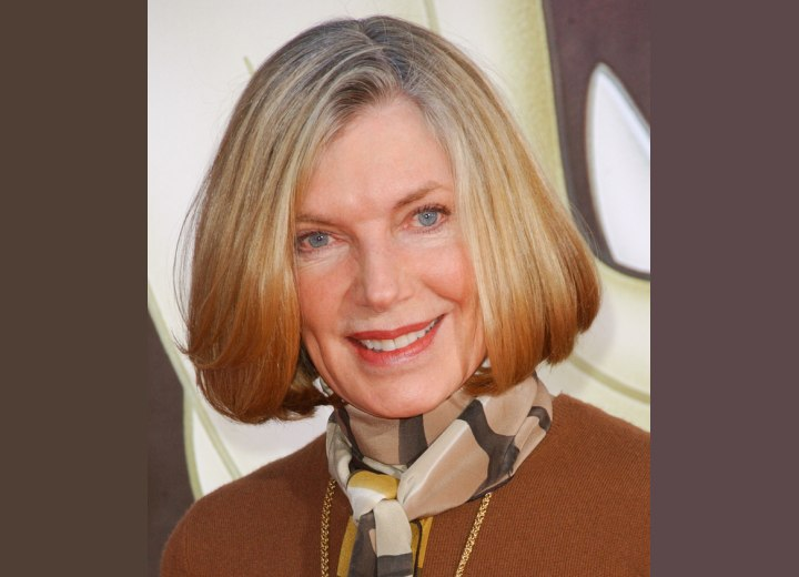 Hairstyle for women aged over 60 - Susan Sullivan