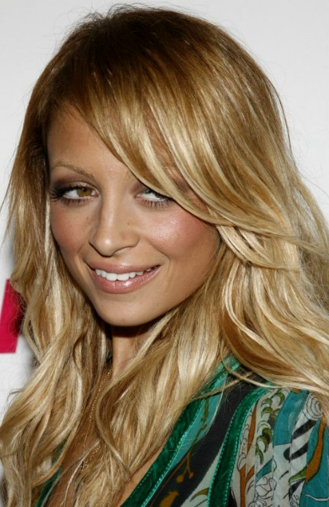 Nicole Richie With Casual Long Hair In A Free Spirited And
