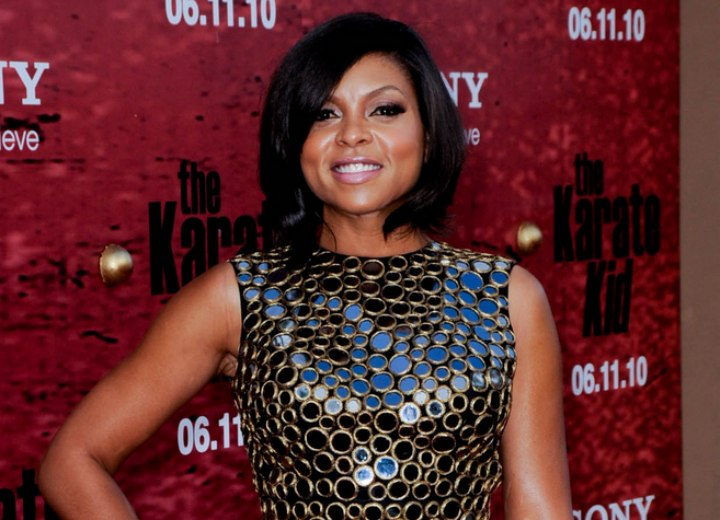 Dress and hairstyle for a Taraji Henson look