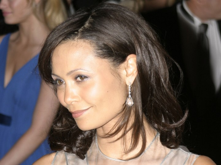 Shoulder length hairstyle - Thandie Newton