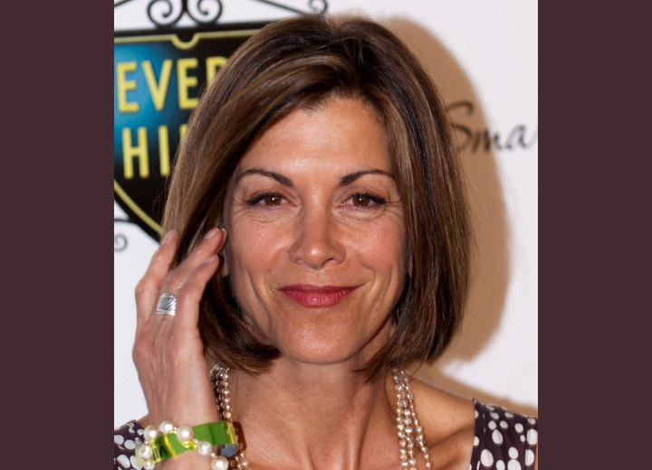 Wendie Malick's bob hairstyle