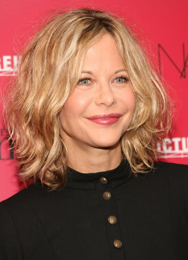 Meg Ryan S Age Defying Shaggy Hairstyle