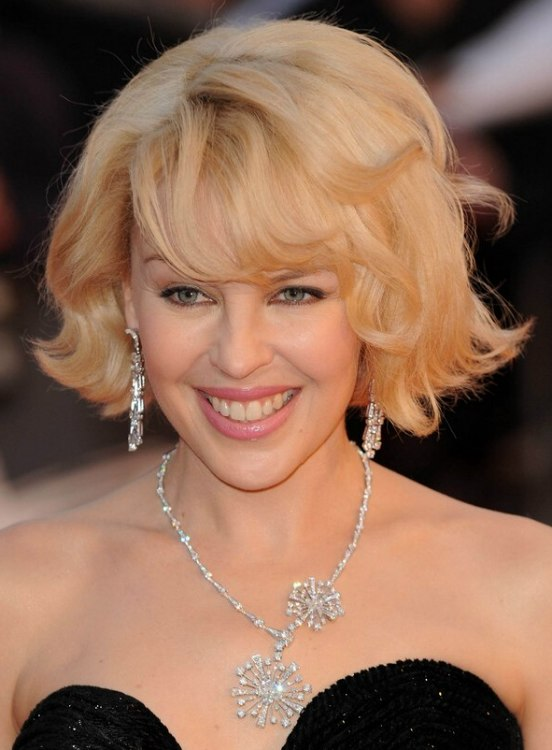 Wondrous Kylie Minogue39S Easy To Copy Wavy Short Bob With Lifted Roots Short Hairstyles Gunalazisus