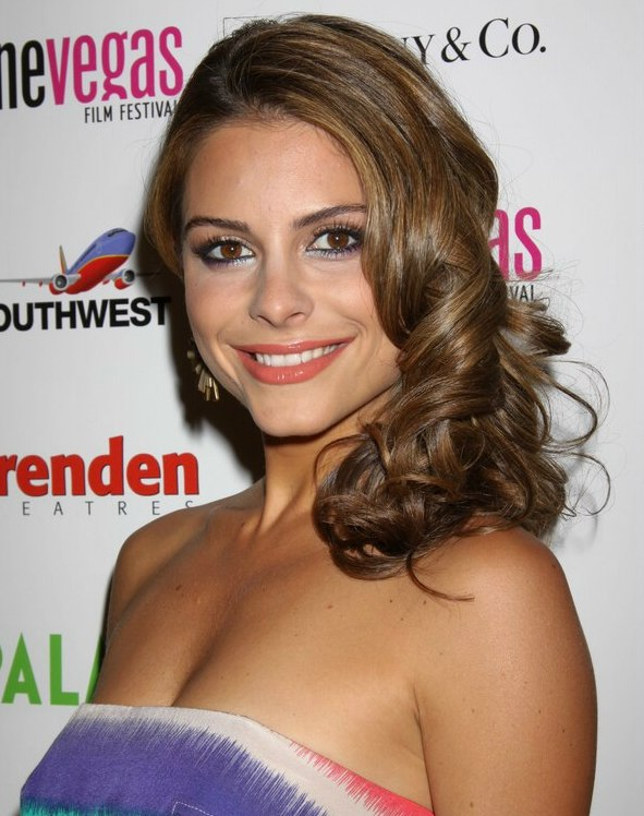 Maria Menounos Fashion Hairstyle With Spiraled Coils And