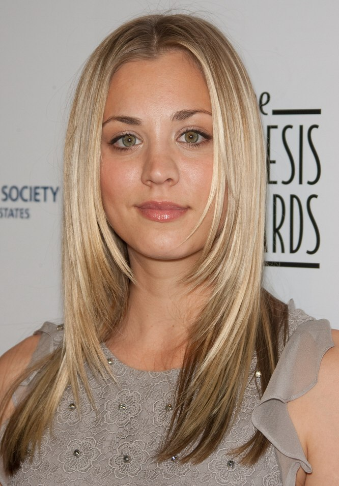Josh Peck S Hairstyle With Curl And Kaley Cuoco S Hair