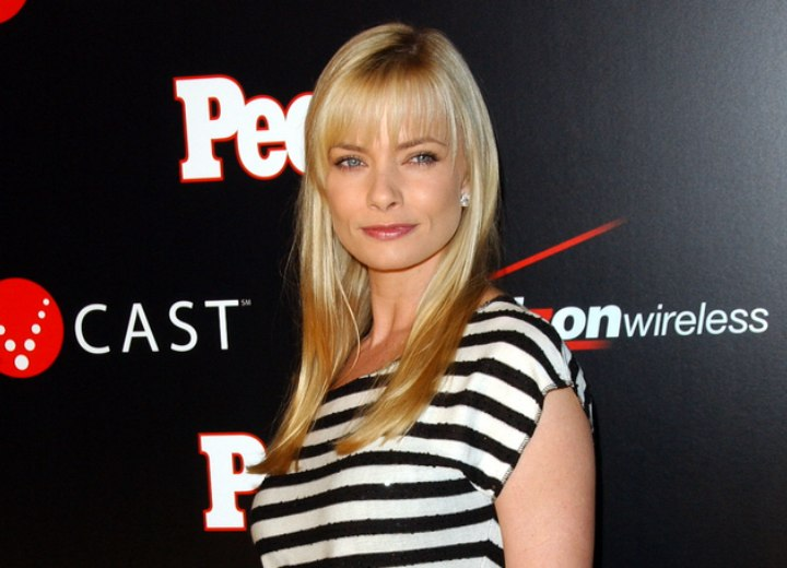 Jaime Pressly young look with a striped T-shirt and long hair