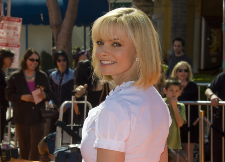 Jaime Pressly's bob with bangs