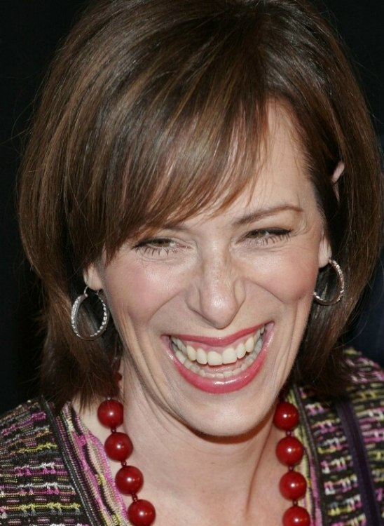Jane Kaczmarek With Smooth Hair In A Bob Styled Close To