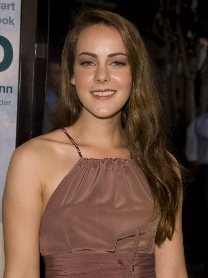 Jena Malone With Long Hair And Waves That Plunge Below Her