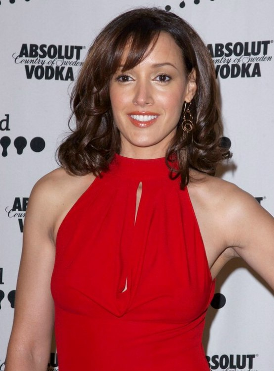 Jennifer Beals Shoulder Length Hair With Layers And Curls