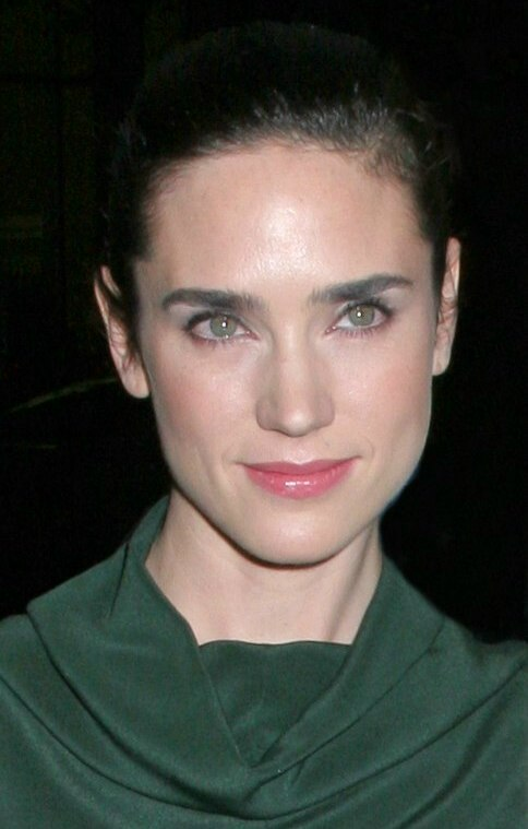 Jennifer Connelly With Her Hair Pulled Back Into A