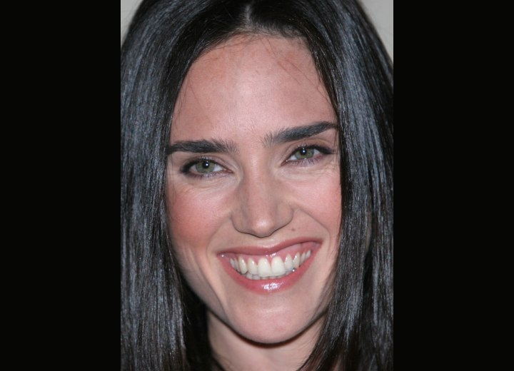 Jennifer Connelly's hairline and middle partition