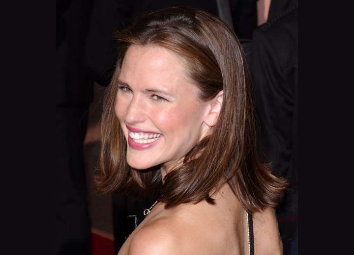 Jennifer Garner's easy medium length hairstyle
