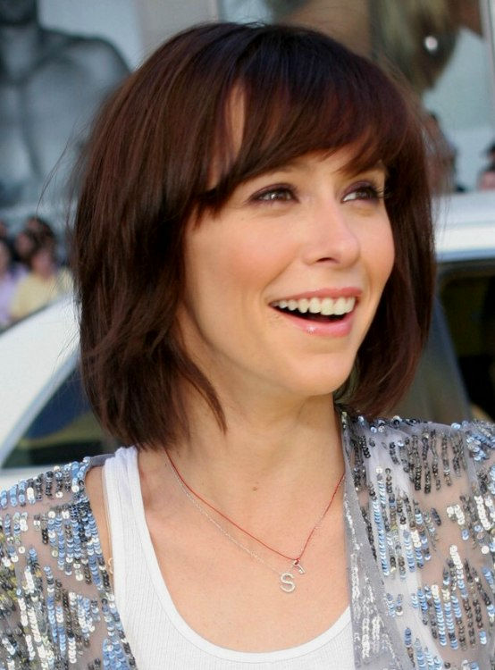 Jennifer Love Hewitt Short Bob Curved Bangs