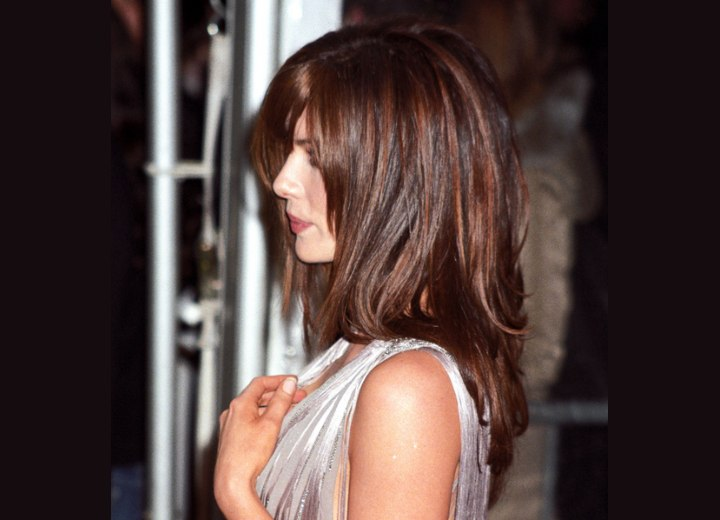 Side view of Kate Beckinsale's long angled hair