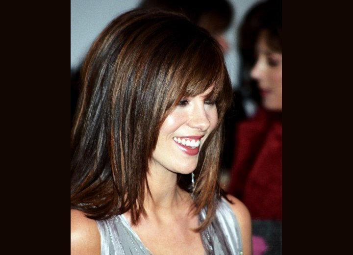 Smooth hairstyle with angled sides - Kate Beckinsale