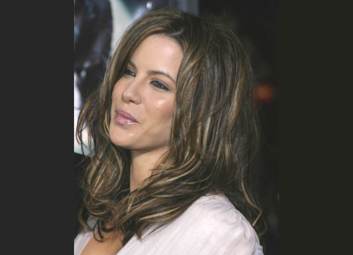 Hair coloring with depth - Kate Beckinsale