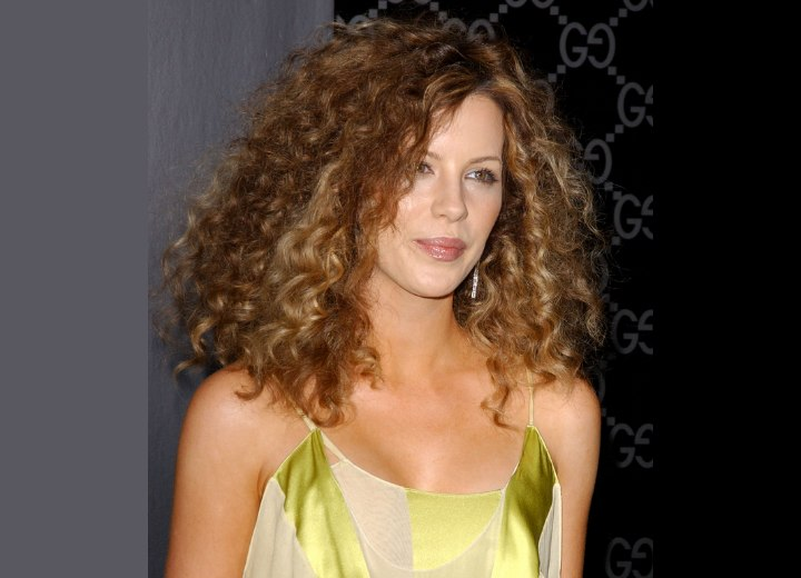 Spiral perm for long hair - Kate Beckinsale