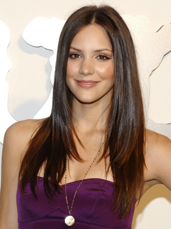 Katharine Mcphee Wearing Her Long Sleek Hair