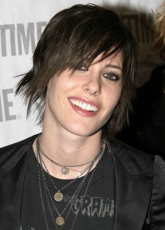 Katherine Moennig Shaggily Short Haircut Chopped Look