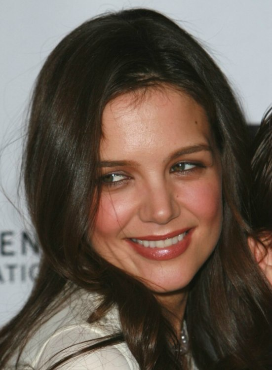 Katie Holmes Wearing Her Brunette Hair Long And Curled